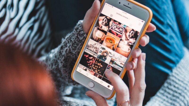How to Hide Your Photos on iPhone Without Using Third-Party App